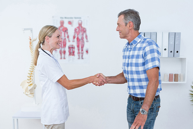 What Should I Expect from My First Chiropractic Adjustment?